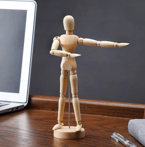 Большой, подвижный, деревянный человек. Деревянная action фигурка на подставке. 32 см!