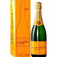 МУЛЯЖ Шампанское Вдова Клико Понсарден в фирменной упаковке, бутафория 0.75л Veuve Clicquot Ponsardin
