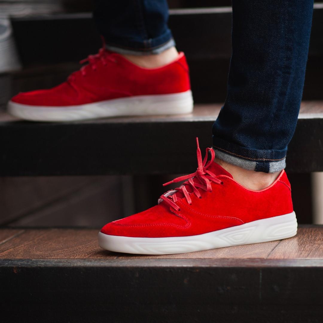 Мужские кроссовки South Fost red