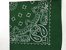 Хлопковая зелёная бандана классический рисунок