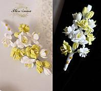 """Бутоньерка свадебная для жениха """"Бело-лимонные фрезии"""", фото 1"""