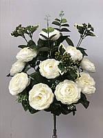 Камелия с ягодками и листиками эвкалипта, 5 расцветок, 12 голов, 55 см., 170/150 (цена за 1 шт. + 20 гр.)