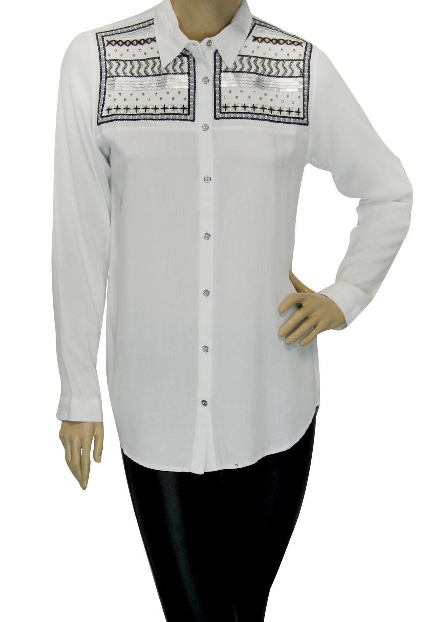 Жіноча сорочка з вишивкою із паєток