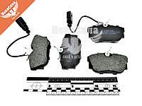 Колодки тормозные VW T-4 с90-03г.в. зад. (TRW / Lucas) (Starline) (с датчиком)   BD S207  7D0698451C / 7D0698451G / 7D0698451J