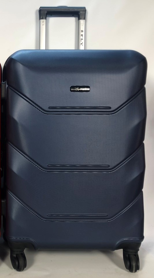 Средний пластиковый чемодан FLY 147 на 4 колесах Синий