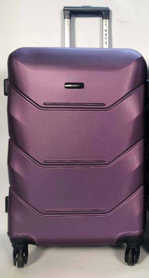 Средний пластиковый чемодан FLY 147 на 4 колесах Фиолетовый