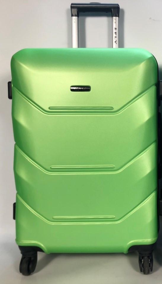 Средний пластиковый чемодан FLY 147 на 4 колесах Зеленый
