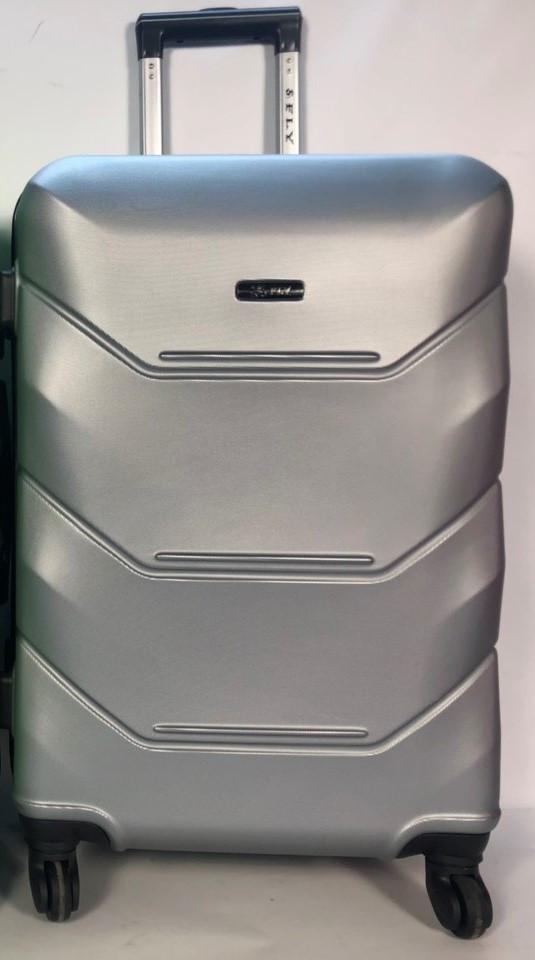 Малый пластиковый чемодан FLY 147 на 4 колесах Серебро