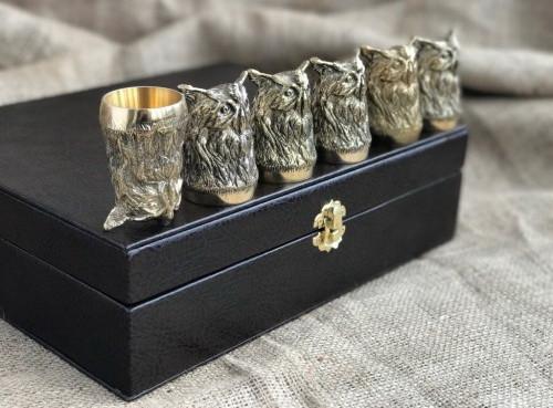 """Набір подарункових стопок із бронзи """"Мудрість"""" 6 штук, в кейсі з еко-шкіри"""