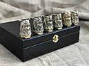 """Набір подарункових стопок із бронзи """"Мудрість"""" 6 штук, в кейсі з еко-шкіри, фото 3"""