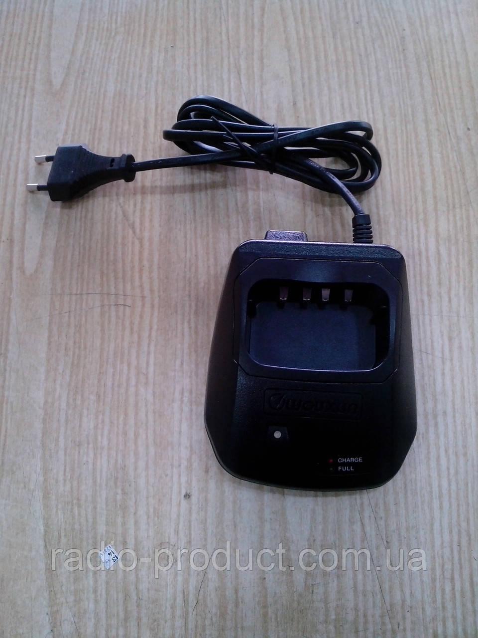 Зарядное устройство для радиостанций Wouxun KG-UV6D, KG-UVD1P, etc