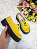Женские туфли из натуральной замши желтого цвета на небольшой платформе DOKTOR POWDER SUEDE, фото 2
