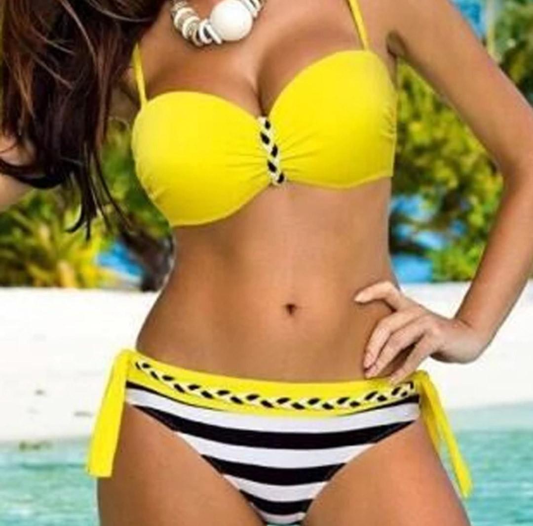 83b02bc623c62 Женский раздельный купальник с чашками Push Up желтый с черно-белым, фото 1