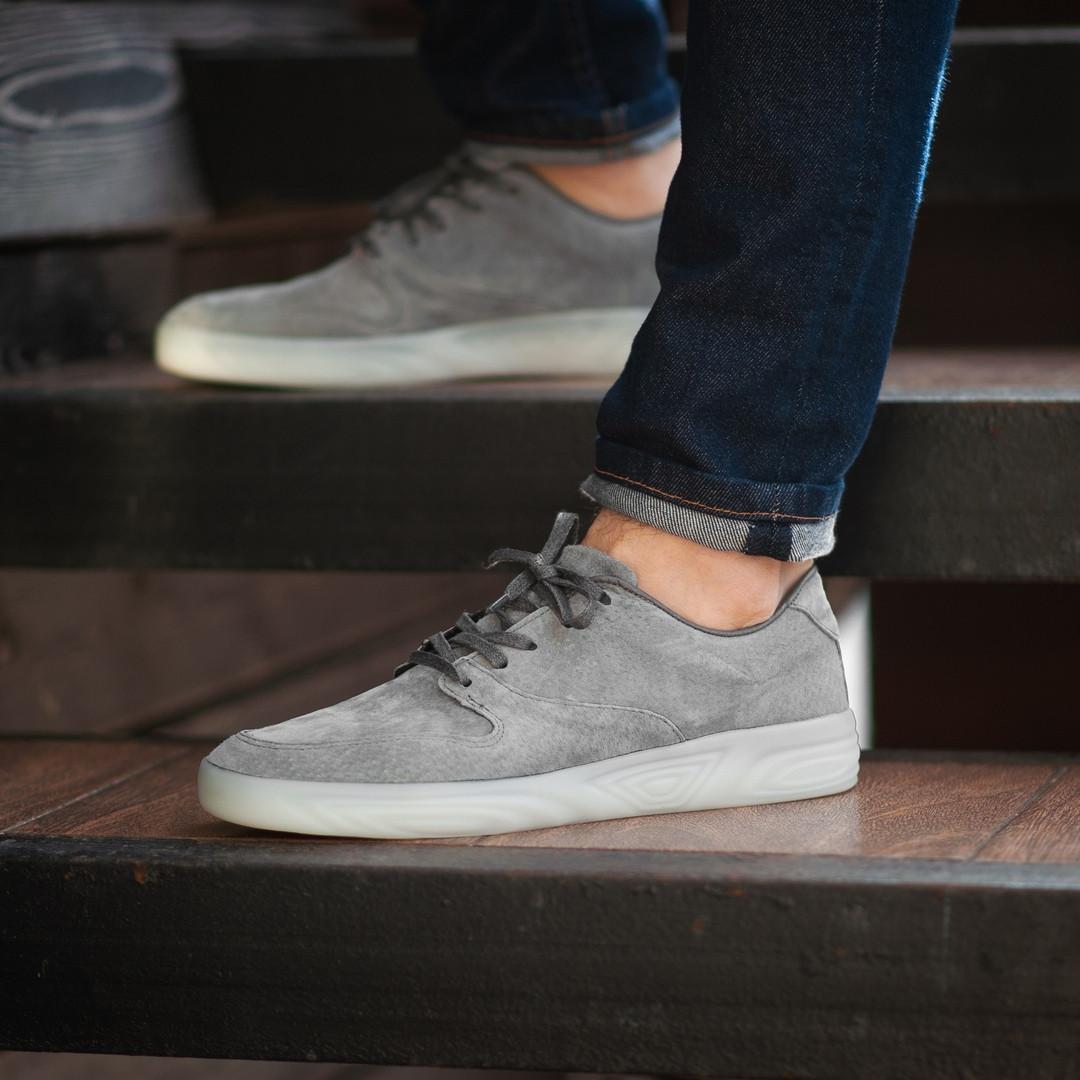 Мужские кроссовки South Fost gray. Натуральная замша