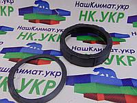 Гайка (основание) с прокладкой блендерной чаши Braun 64184624