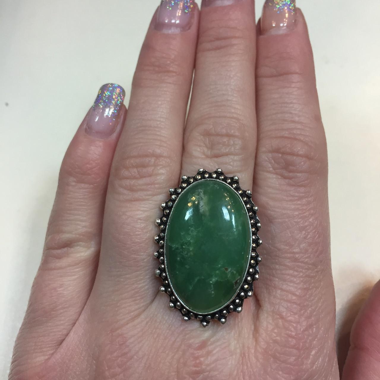 Красивое овальное кольцо с хризопразом 16,5-17 размер. Кольцо природный хризопраз в серебре Индия