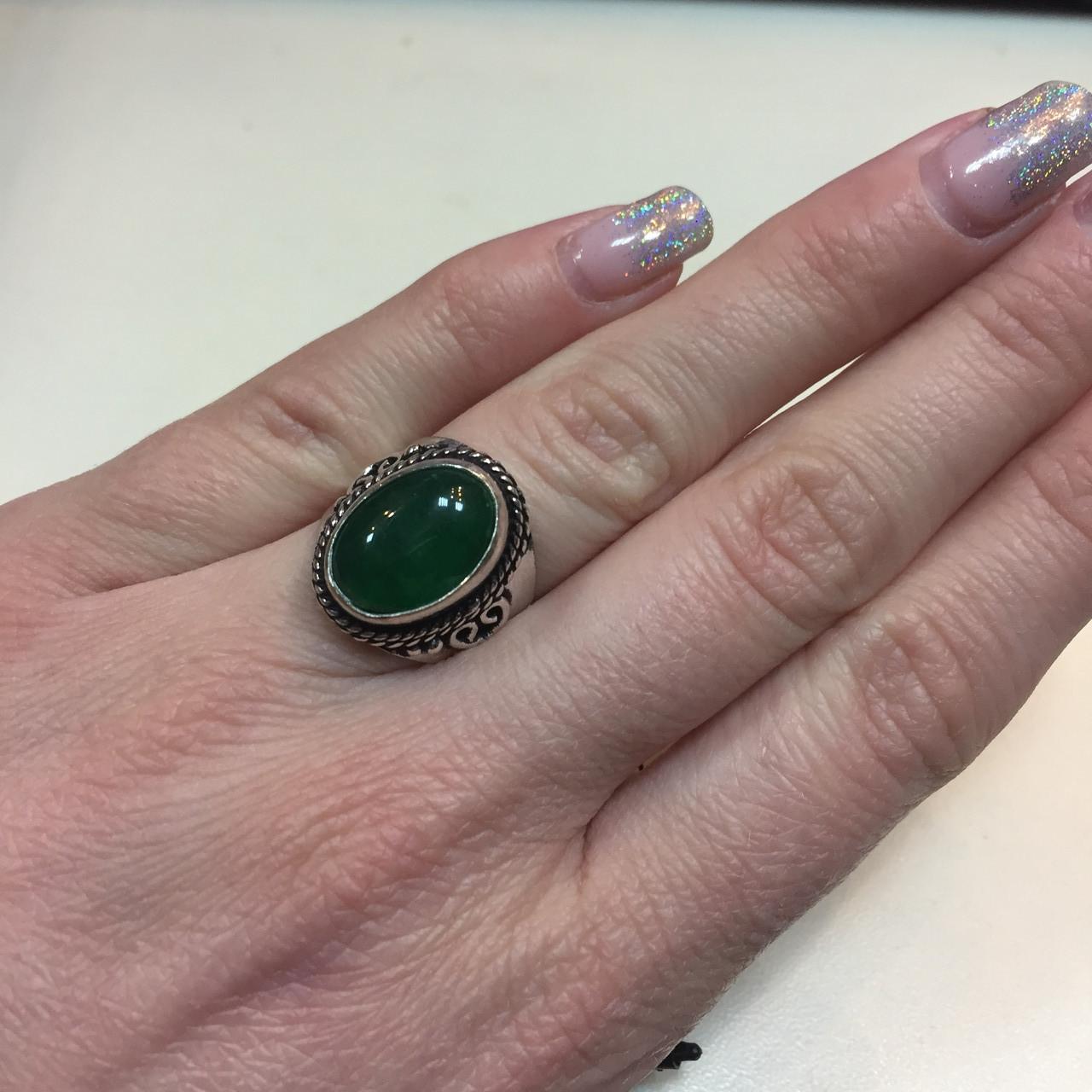 Зеленый оникс овальное кольцо с ониксом в серебре 15,5-16 размер Индия, фото 1