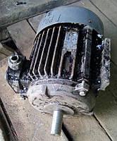 Электродвигатель електродвигун общепромышленный двухскоростной 4АМ 100 S 8/6  0,7 кВт/690 об. и 0,9 кВт/930 об