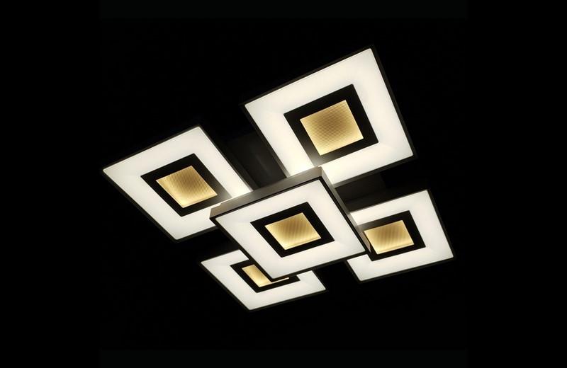 Светодиодная припотолочная люстра. Площадь освещения 16-20 кв.м9004/4+1