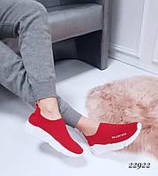Женские кроссовки Balenciaga Баленсиага красные текстиль (реплика)