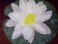 Искусственные лилии Gardena, белые