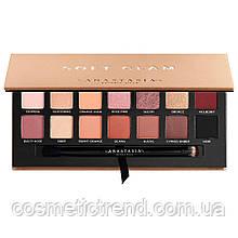 Палетка 14 теней Anastasia Beverly Hills Soft Glam Eyeshadow Palette