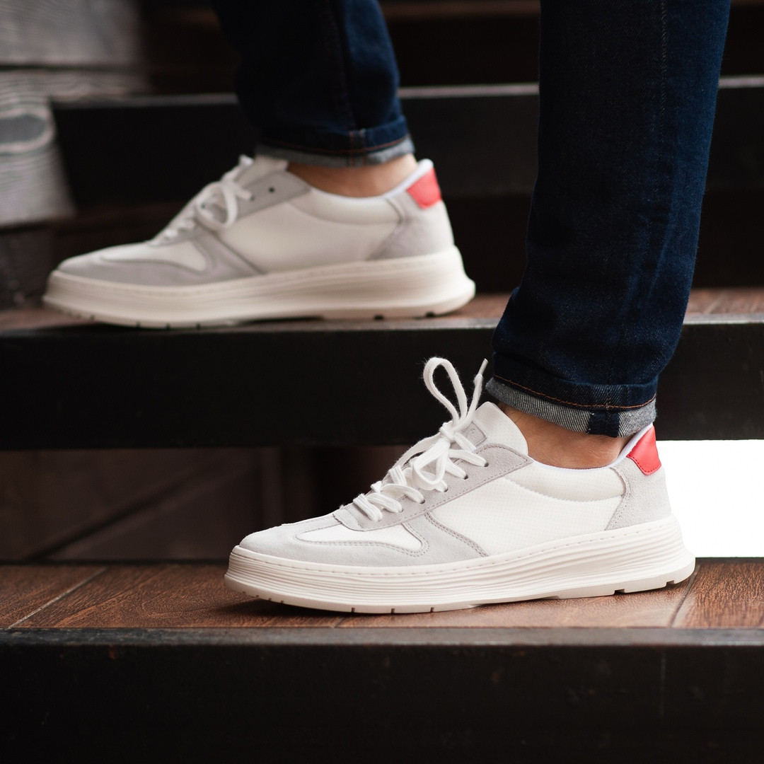 Мужские кроссовки South Draco white. Натуральная замша