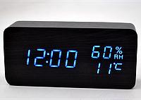 Настольные часы с синей подсветкой VST-862S-5. Брусок дерева