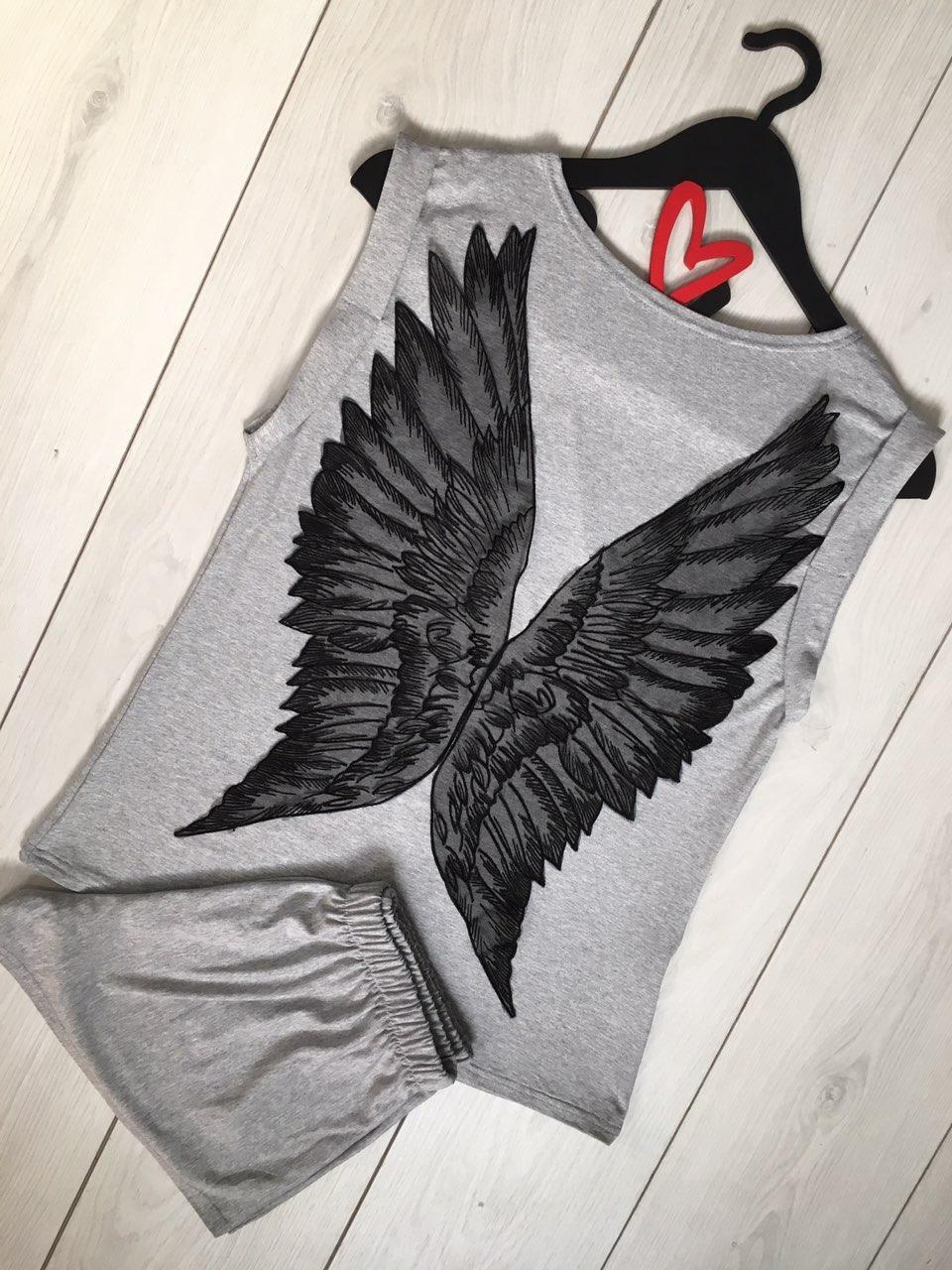 Ангельські крила - жіноча піжама з віскози.