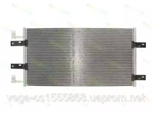 Радиатор кондиционера Thermotec KTT110351 на Opel Vivaro / Опель Виваро