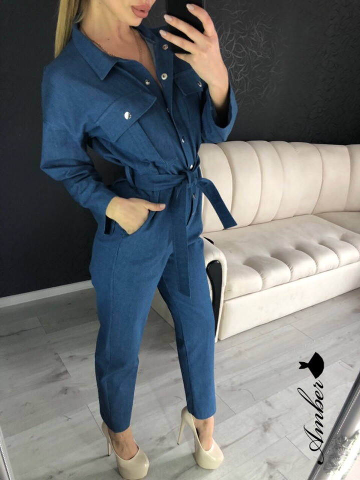 Брючный женский джинсовый комбинезон