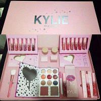 Большой профессиональный подарочный набор для макияжа Kylie I Want It All