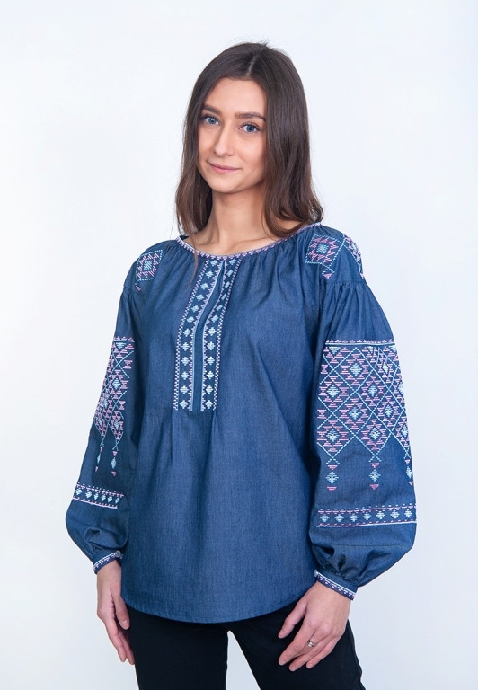 Жіноча дизайнерська вишиванка з пишними рукавами з синього бавовни (4126джинс)