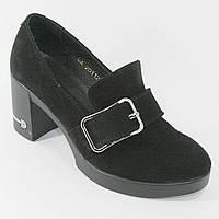 Женские туфли черного цвета на каблуках из натуральной ЗАМШИ