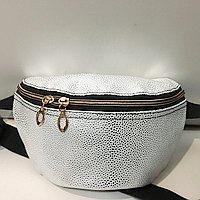 Женские сумки на пояс на 2отд. (серебро)18*24см
