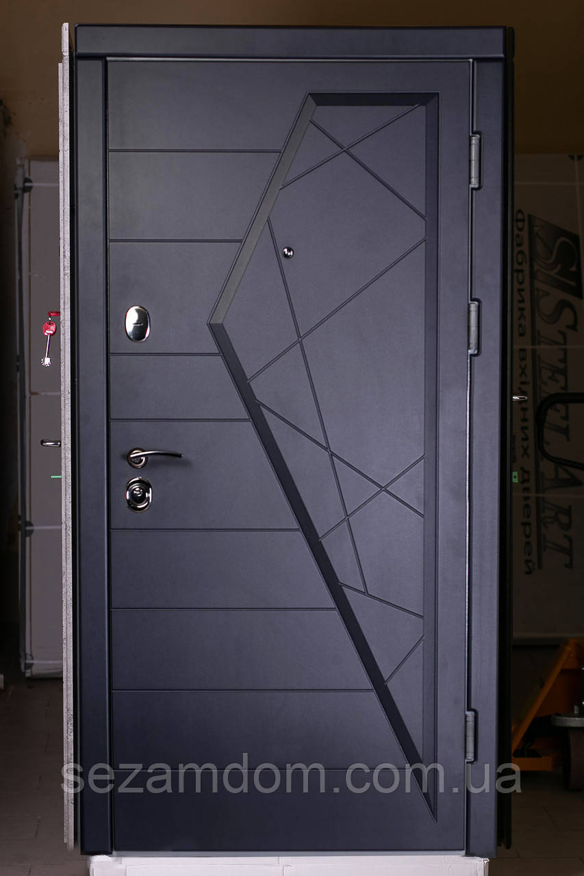 """Входная дверь """"Айсберг"""" Графит/Бел.мат"""