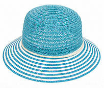 Летняя пляжная шляпка голубого цвета