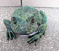 Садовая фигурка Лягушка пятнистая  15 см