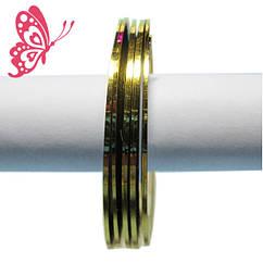 YRE Лента 2 мм на Липкой Основе Золотистого цвета для Дизайна Ногтей .