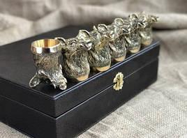 """Набор подарочных стопок из бронзы """"Сила"""" 6 штук, в кейсе из эко-кожи"""