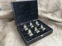 """Набор подарочных стопок из бронзы """"Сила"""" 6 штук, в кейсе из эко-кожи, фото 2"""