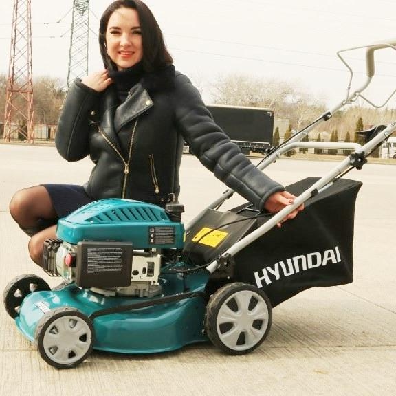 Бензиновая газонокосилка Hyundai L 4300