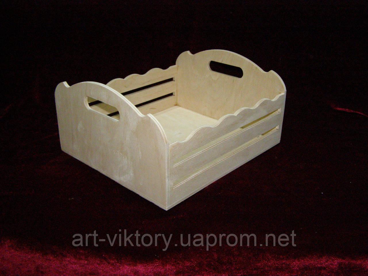 Короб с прорезями, фруктовница (27,5 х 24 х 13,5 см)