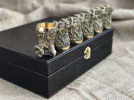 """Набор бронзовых чарок ручной работы """"Упорство"""" 6 штук, в кейсе из эко-кожи"""
