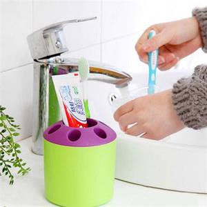 Подставки и стаканы для зубных щеток