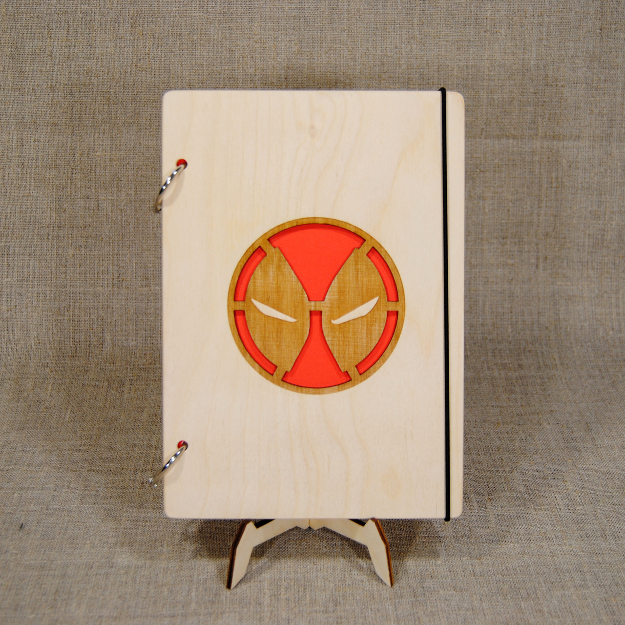Скетчбук A5 Deadpool. Блокнот с деревянной обложкой МАРВЕЛ.