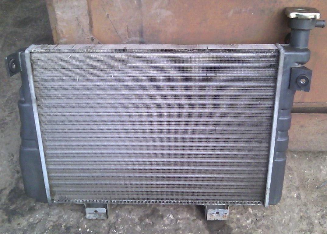 Радіатор охолодження алюміній ВАЗ 2121 21213 21214 2131 Нива Тайга новий