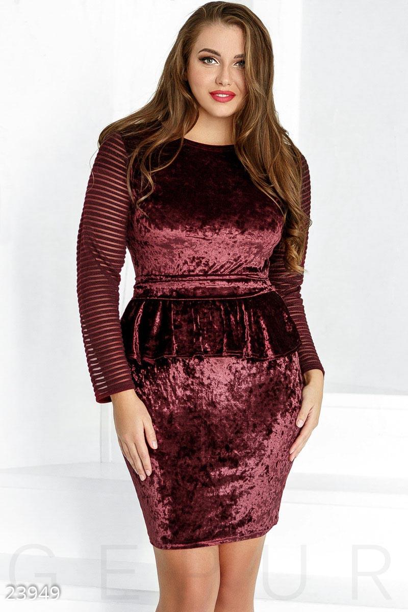 Бархатного платье большого размера с баской