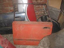 Двері задня ліва ВАЗ 2102 під ремонт бу