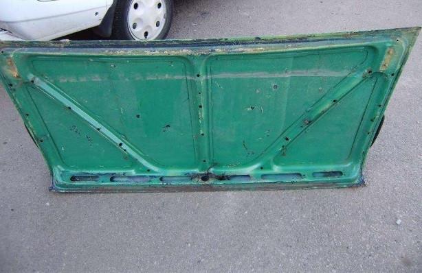 Кришка багажника ВАЗ 2101 під ремонт бу